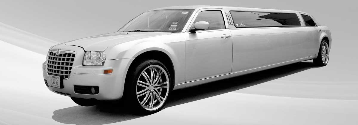 Chrysler 300 Limousine Rental