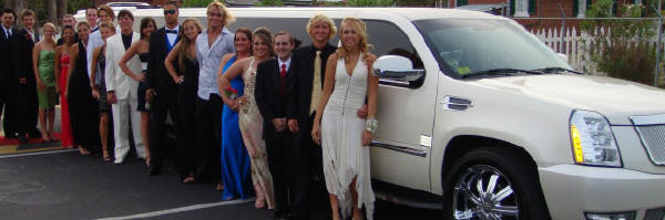Limousine And Bus Rentals For Formals And Proms - Hummer limos for prom